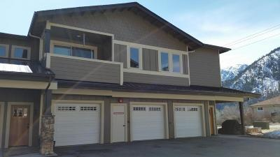 Leavenworth Condo/Townhouse For Sale: 100 Ski Blick Strasse #D-206