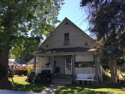 Wenatchee Multi Family Home Pending: 820 Cascade St