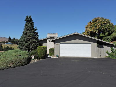 Wenatchee, Malaga Single Family Home For Sale: 3408 Mari Lane Dr