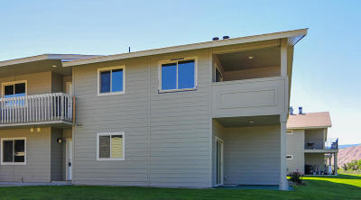East Wenatchee, Rock Island, Orondo Condo/Townhouse For Sale: 520 11th St NE #5