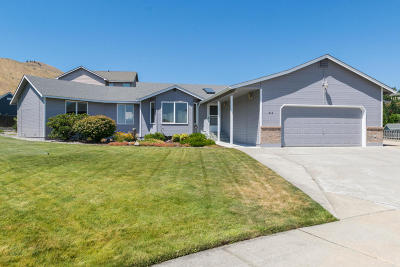 Wenatchee, Malaga Single Family Home For Sale: 512 Cedar Wood Pl
