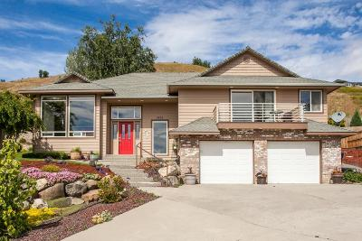 Wenatchee Single Family Home For Sale: 1920 Hideaway Pl