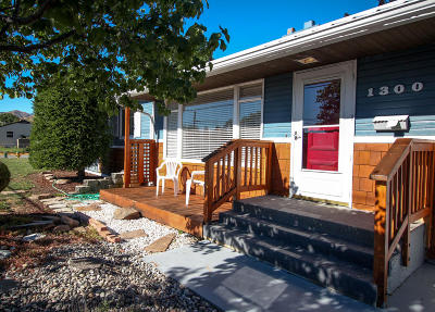 Wenatchee, Malaga Single Family Home For Sale: 1300 Methow St