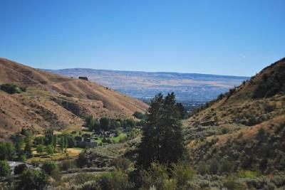 Wenatchee Residential Lots & Land For Sale: Nna No. 1 Canyon Road