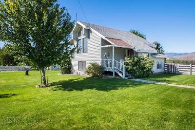 East Wenatchee, Rock Island, Orondo Single Family Home For Sale: 2938 Airway St