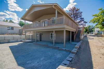 Wenatchee, Malaga Single Family Home For Sale: 905 Methow St