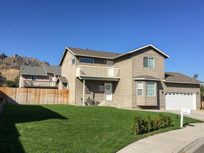 Wenatchee, Malaga Single Family Home For Sale: 1644 Denise Circle