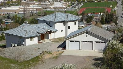 Wenatchee Single Family Home For Sale: 1525 Skyline Dr