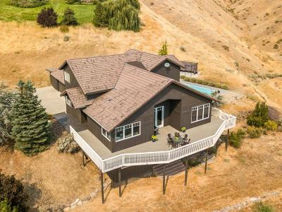Wenatchee Single Family Home For Sale: 4359 Anna Lane