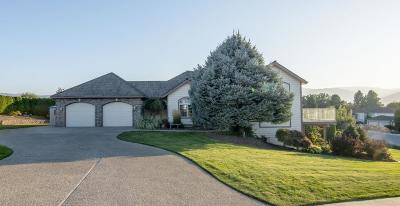 East Wenatchee Single Family Home Pending: 2012 Crystal Ct