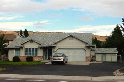 East Wenatchee, Rock Island, Orondo Single Family Home For Sale: 1505 Eastmont Ave