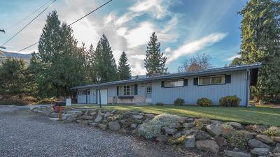 Wenatchee WA Single Family Home For Sale: $269,000
