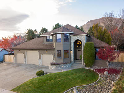 Wenatchee Single Family Home For Sale: 506 Cedar Wood Pl
