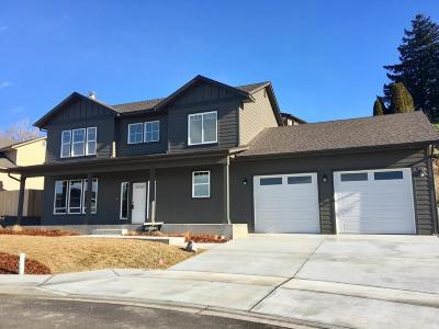 East Wenatchee Single Family Home For Sale: 3127 NW Delcon Dr