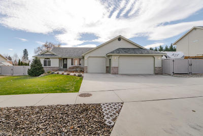 Wenatchee Single Family Home For Sale: 183 Fox Run
