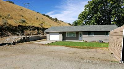 Malaga WA Single Family Home For Sale: $239,096