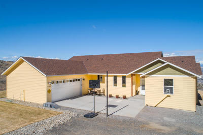 Wenatchee, Malaga Single Family Home For Sale: 3720 Cathedral Rock Road