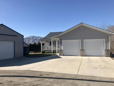 East Wenatchee Single Family Home Active - Contingent: 3650 NW Cascade Ave