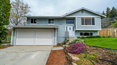 East Wenatchee Single Family Home For Sale: 1413 Easthills Ter
