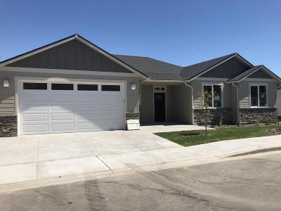 Wenatchee, Malaga Single Family Home For Sale: 203 Pershing Circle