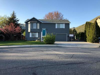 Wenatchee WA Single Family Home For Sale: $289,900