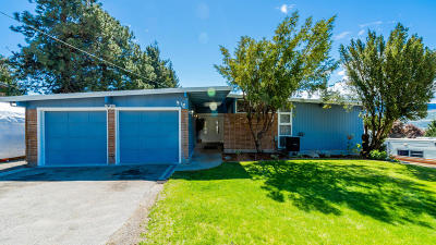 East Wenatchee Single Family Home For Sale: 912 Kenroy Terrace