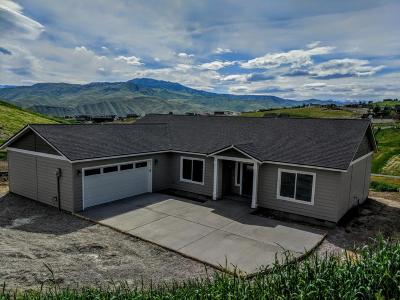Wenatchee, Malaga Single Family Home For Sale: 110 Elizabeth Court