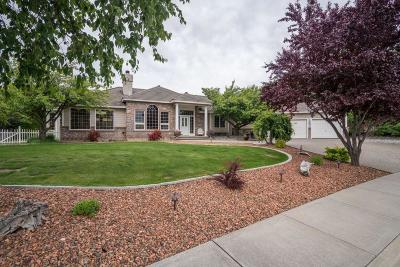 East Wenatchee Single Family Home For Sale: 2359 Grand Ave