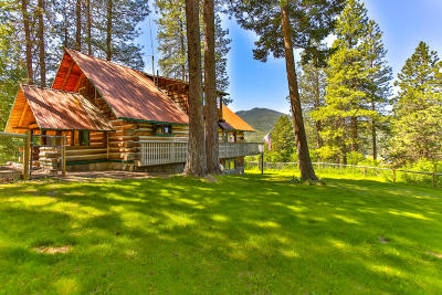 Leavenworth Single Family Home For Sale: 18485 Beaver Valley Rd