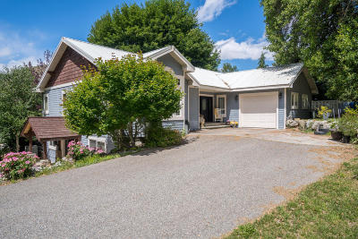 Entiat Single Family Home For Sale: 9194 Entiat River Rd