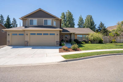 Wenatchee Single Family Home For Sale: 1707 Toaimnic Dr