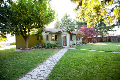 East Wenatchee Single Family Home For Sale: 1130 N Baker Ave