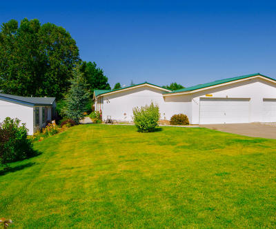 East Wenatchee Manufactured Home For Sale: 570 Morning View Ave