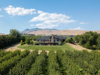 Wenatchee Single Family Home For Sale: 1211 Golden Ln