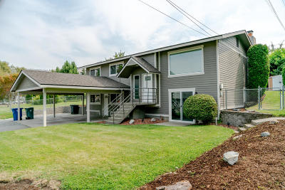 Chelan Single Family Home For Sale: 219 S Clifford St