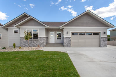 Wenatchee, Malaga Single Family Home For Sale: 3521 Dianna Way