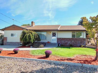 East Wenatchee, Rock Island, Orondo Single Family Home For Sale: 1217 N Ashland Ave