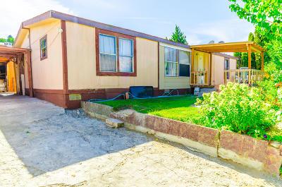 Orondo WA Manufactured Home For Sale: $165,900