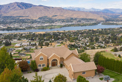 East Wenatchee Single Family Home For Sale: 2462 Twin Peaks Vw