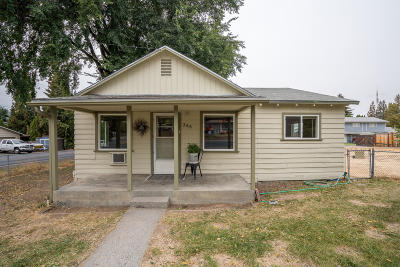Single Family Home For Sale: 306 N James Ave