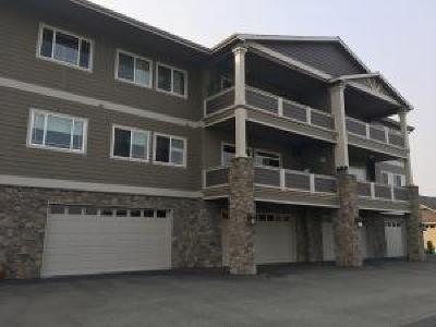 Wenatchee Condo/Townhouse For Sale: 1740 Central Ave #F