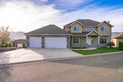 East Wenatchee Single Family Home For Sale: 2825 Aspen Shores Dr