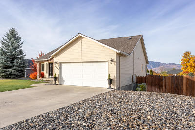 East Wenatchee, Rock Island, Orondo Single Family Home For Sale: 2203 Inglewood Dr