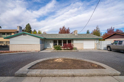 Wenatchee Single Family Home For Sale: 840 Crawford Ave