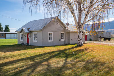 East Wenatchee, Rock Island, Orondo Single Family Home For Sale: 3110 Rock Island Rd