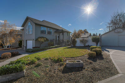 Wenatchee Single Family Home For Sale: 1343 Fairhaven Ave