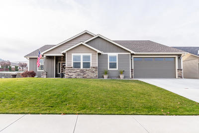 Wenatchee Single Family Home For Sale: 1402 Kirby Ln