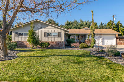 Wenatchee, Malaga Single Family Home For Sale: 1214 Brown St