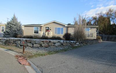 East Wenatchee Manufactured Home For Sale: 1201 N Denis Ct