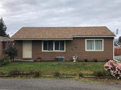 East Wenatchee Multi Family Home For Sale: 60-60 1/2 June Ave